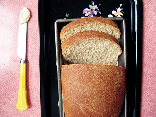 Mom' s Wheat Bread Loaf // take a megabite