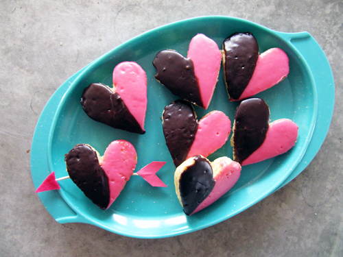 Bring Black &amp; White Cookie Valentines to work  // take a megabite
