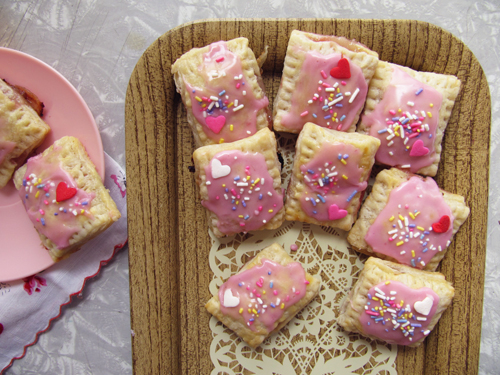 Strawberry, Rhubarb, and Brie Mini Pop Tarts // take a megabite