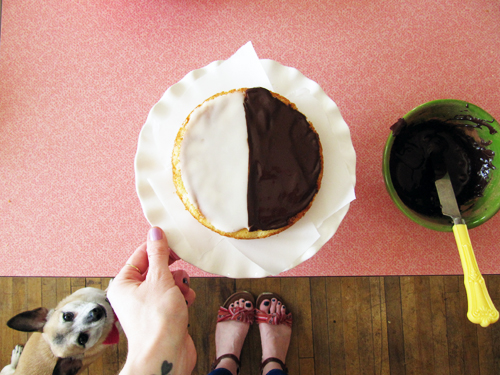 Black & White Cookie Cake // take a megabite