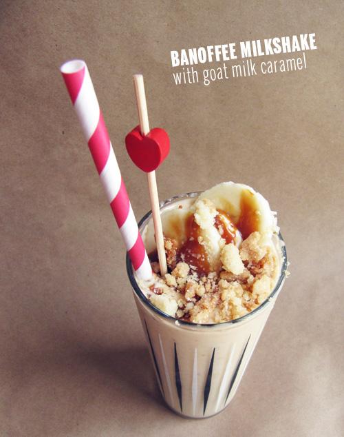 Banoffee Milkshake // take a megabite