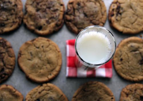Saveur Chocolate Chunk Cookies // take a megabite