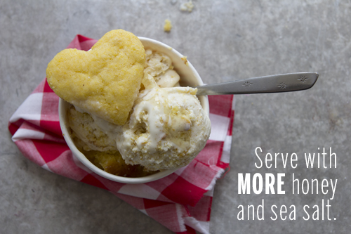 Honey & Cornbread Ice Cream // take a megabite