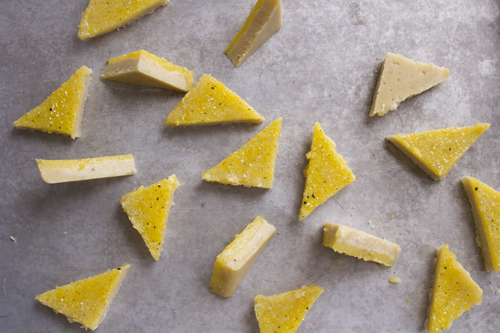 Vanilla Bean Lemon Bars // take a megabite